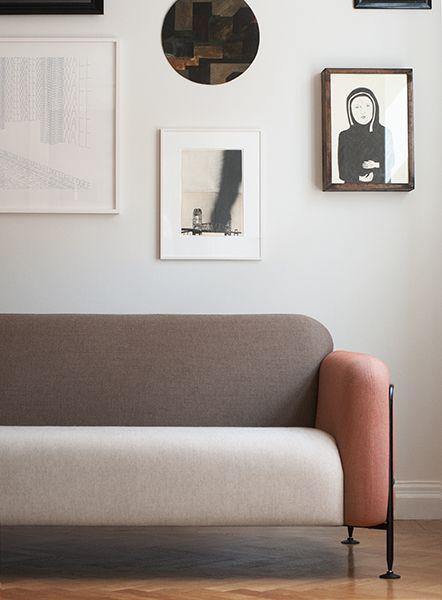Mega Sofa. Design by Chris Martin for Massproductions