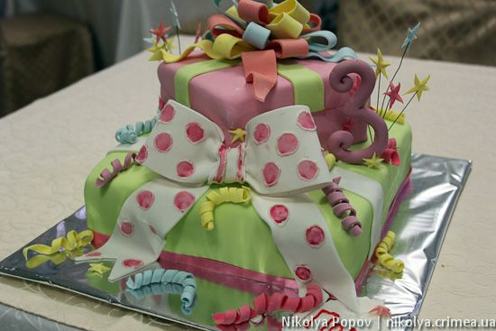 Kid Cake with bow