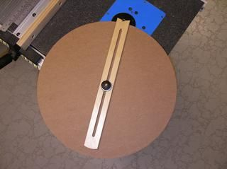 J. Phil Thien's Router Table Circle Jig