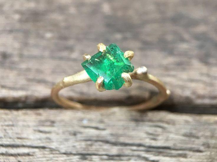Zambian Emerald Ring #roughbeauty #gemstone #jewelry #amsterdam #otherist