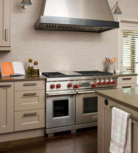 Kitchen Hood Lighting: 123 Best Images About Painted Kitchen Cabinets On