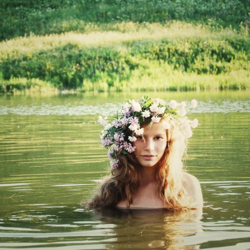 .: Flowers Children, Water Fairies, Flowers Crowns, Beautiful, Lakes, Water Nymphs, Hair, Bohemian, Floral Crowns