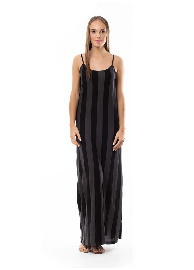 Maxi dress with stripes. Find it at www.disu.gr