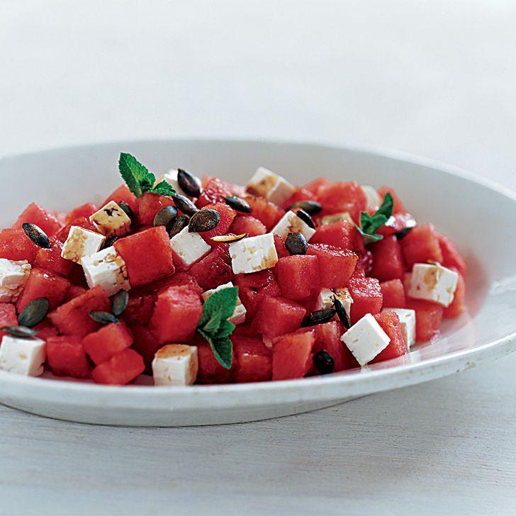 Salat med vandmelon og hvid ost