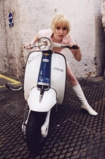 Twin-tone Lambretta & cute mod girl …
