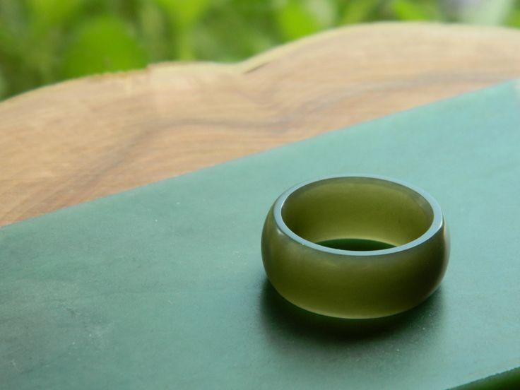 Jade Ring.  Honey Olive Jade Ring (Wyoming,USA).  Carved by Aaron Brown #jade #ring