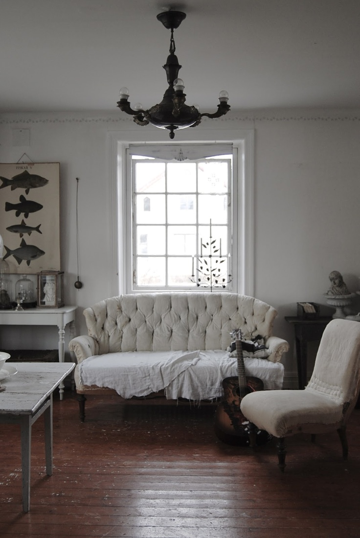Scandinavian decor: Goa of HVÍTUR LAKKRÍS is simply gifted with great taste and interior design talent.