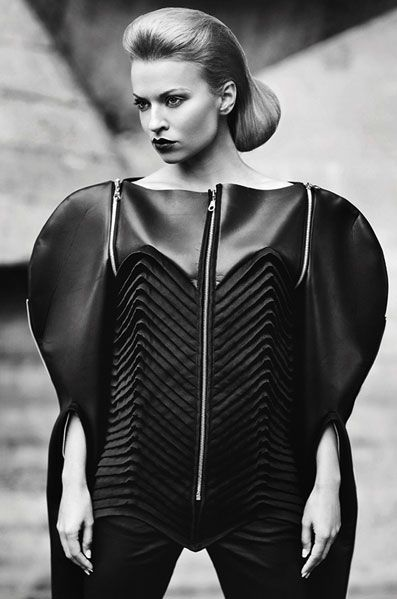 Experimental Fashion Design with avant garde shapes & manipulated fabric textures; sculptural fashion // DZHUS