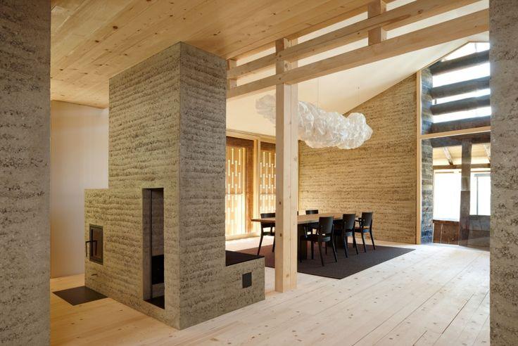 Stapflehmbau Ofen und Haus von dem österreichischen Projekt LehmTonErde -  Martin Rauch + Team