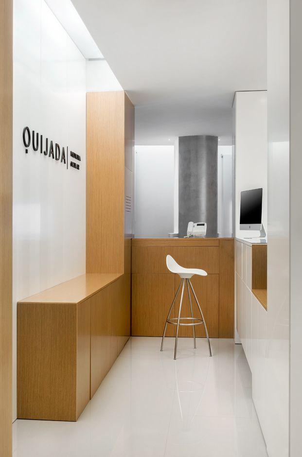 Sanahuja & Partners ha transformado un local del ensanche de Valencia en un centro de medicina ocular y cirugía láser para Clínica Quijada.