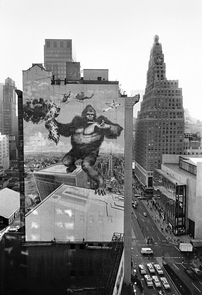 King Kong atop the WTC, 1976.
