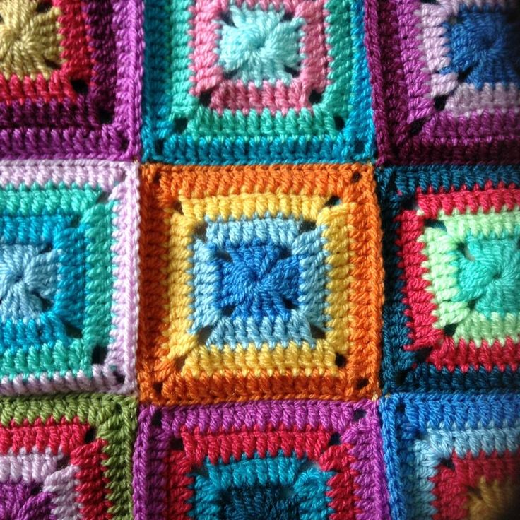 Colourful granny squares by Little Tin Bird