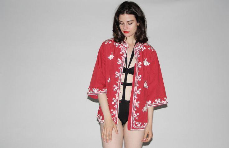 Vintage 1970s Floral Embroidered Hippie Festival Kimono Style Top