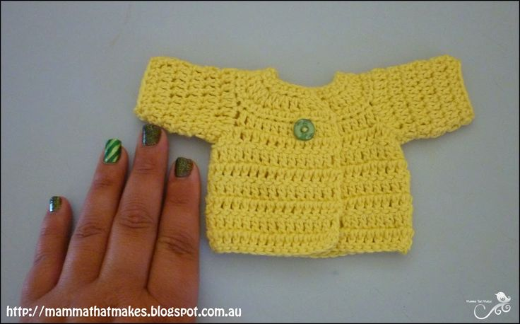 Mamma That Makes: Ariel Cardi - Free Micro Preemie Crochet Pattern  It is a very small and dainty jacket/cardi for 16-18 weeks. ~ Link correct and pattern is FREE when I checked on 27th March 2015   USA terminology