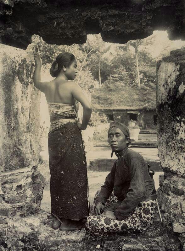 Man een vrouw op Midden-Java. 19157