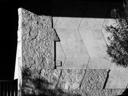 """AD Classics: Casa """"Il Girasole"""",Material detail. Image © flickr user zioscuro"""