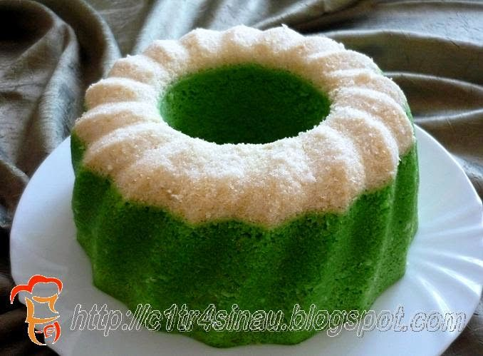 Citra's Home Diary: Pandan and Coconut Steamed Cake