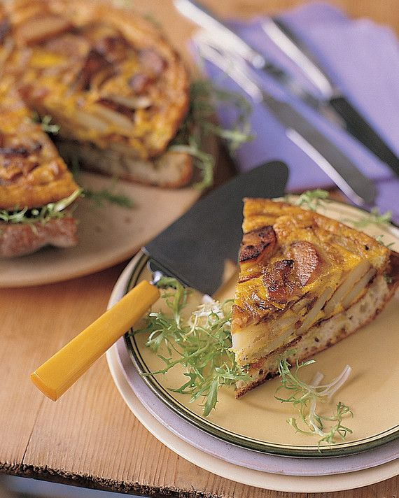 Without a bread-loaf base, this omelet can also be cut into small pieces and served as tapas, either warm or at room temperature.