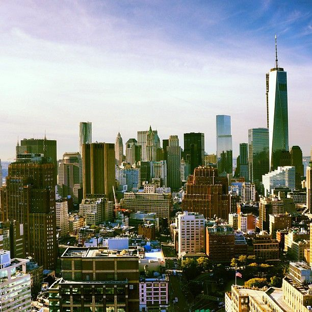 10 Essential Things to Do in New York City that Tourists Can't Miss- The Classics. This is a great list! **