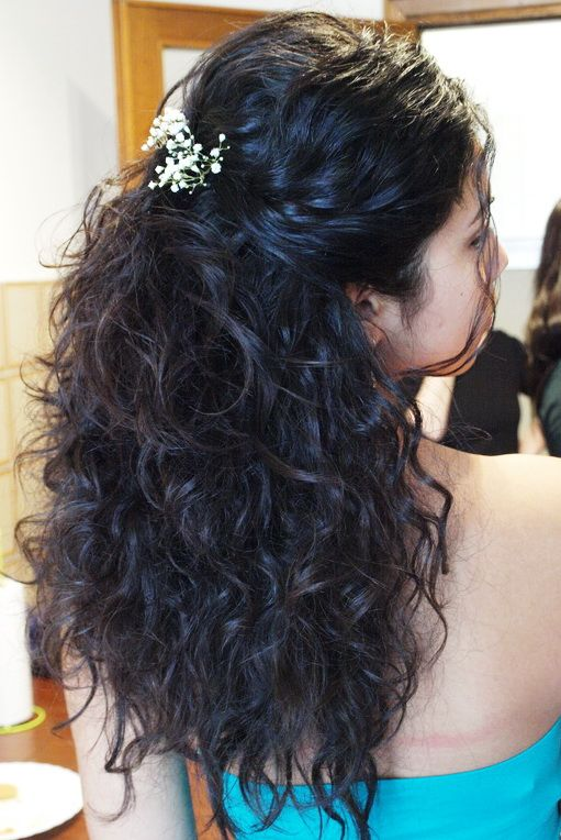 natural curls : a bridal hairstyle for our Asian bride in Rome