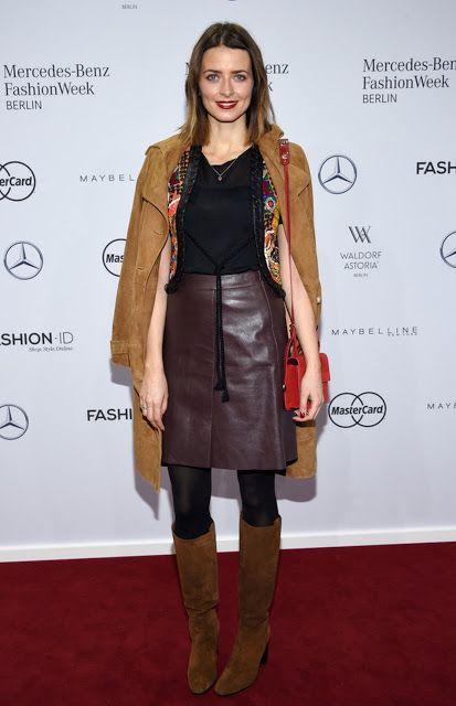 Celebrities In Leather: Eva Padberg wears a leather skirt ...