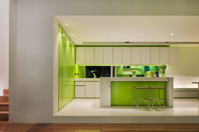 Green Color Kitchen Decorating Ideas