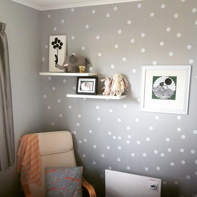 Regram @biancalaing's bedroom makeover for her daughter, painted in Resene Surrender and dotted with white spots. Pretty! #resene #habitatbyresene #grey #shadesofgrey #decal #polkadot #polkadots #girlsroom #kidsroom #roominspo #chic #stylish