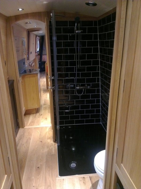 Super cool shower by Beacon Boats LTD