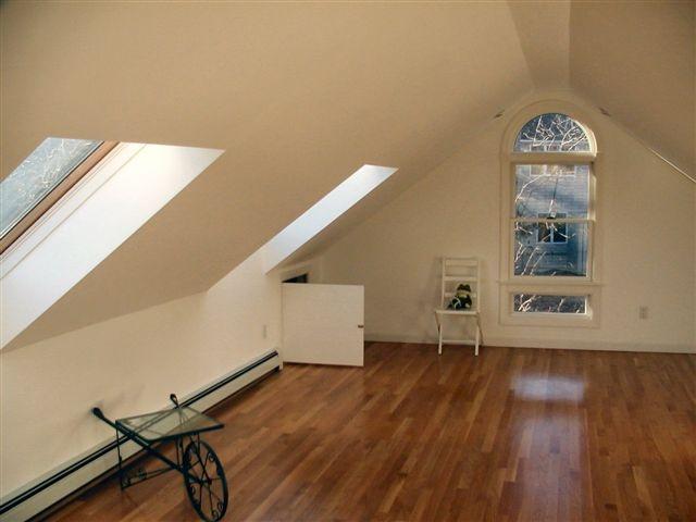 69 best images about garage bonus room on pinterest for Guest house over garage