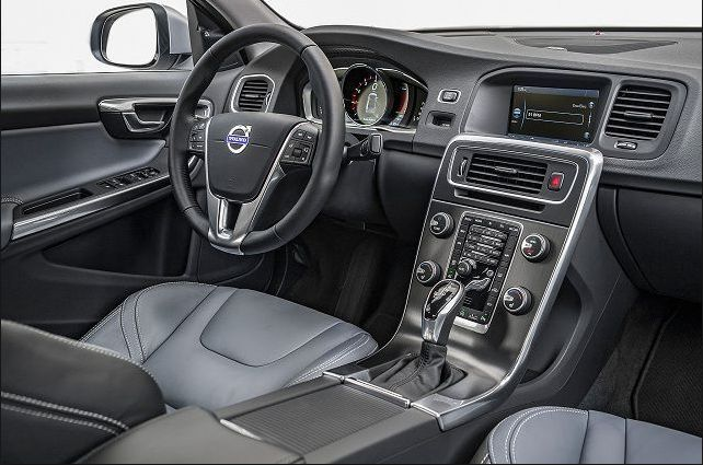 2018 Volvo S60 Interior Look