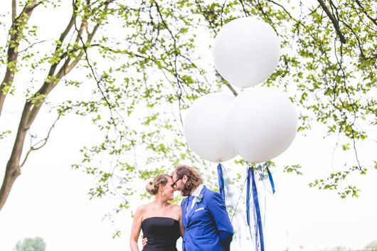 Haikje's home. A blog about decorating, design & lifestyle  #wedding #balloon #blue #bruiloft #blackweddingdress #weddingdecorations #weddingphotos #weddingshoot