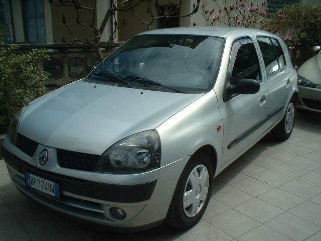 Renault Clio a 3.450 Euro Monovolume 70.000 km