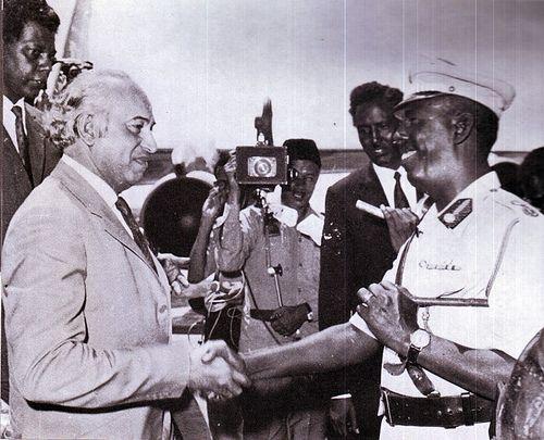 Ali Bhutto ( Paquistão) e Siad Barre, década de 1970.