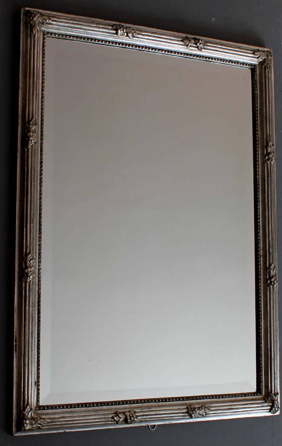 Les 25 meilleures id es de la cat gorie miroir biseaut for Long miroir mural
