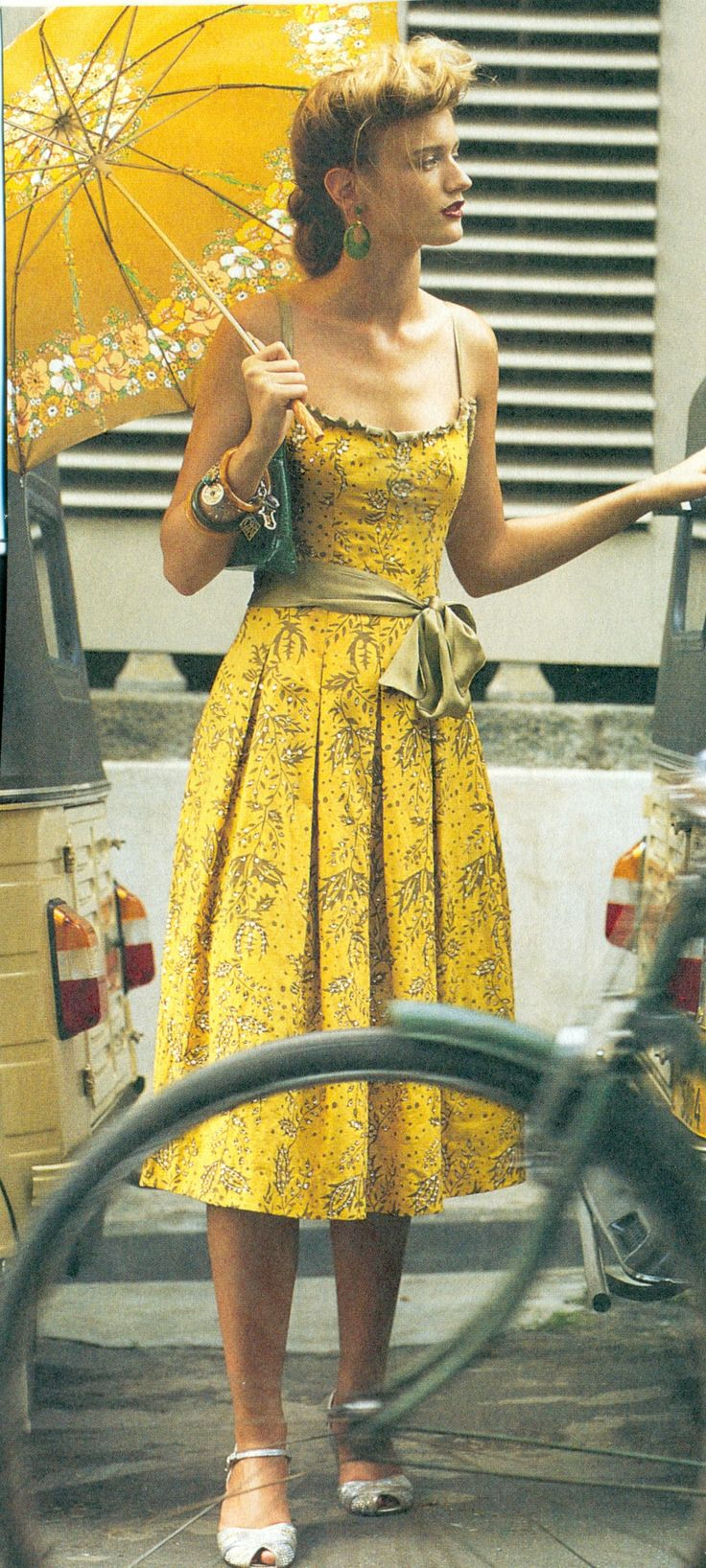 love this vintage yellow dress with pleats