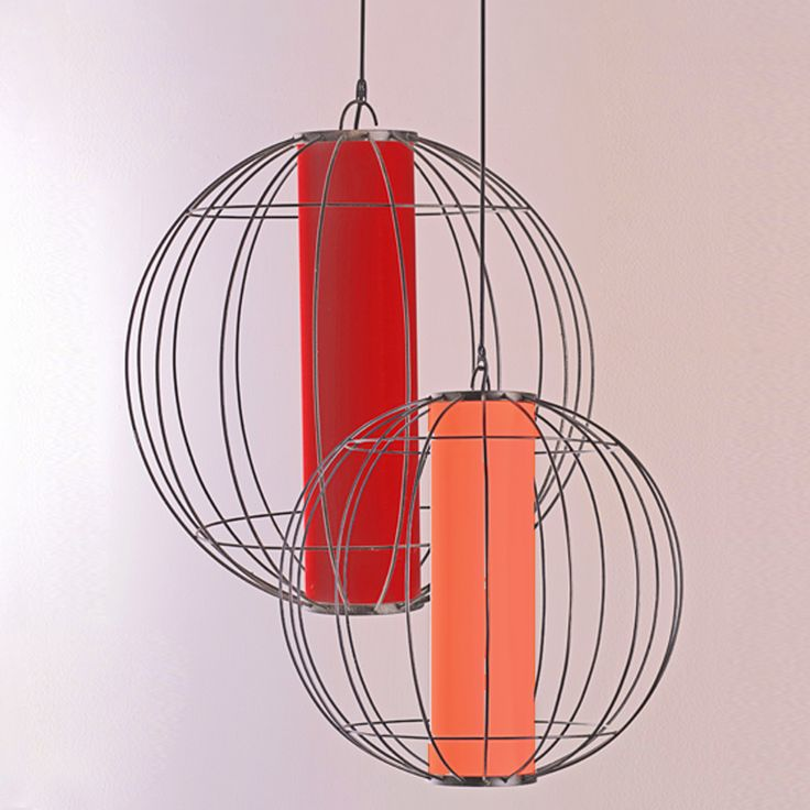 For your ceiling, our Hanging Lantern Globe has customizable lampshades and therefore you can mix-and-match them with the colour of your interior composition. #pimentrouge #bali #lighting #homedecor #interior #design #styling #elegant #lamps #red #orange #colourful #vibrant #newyear