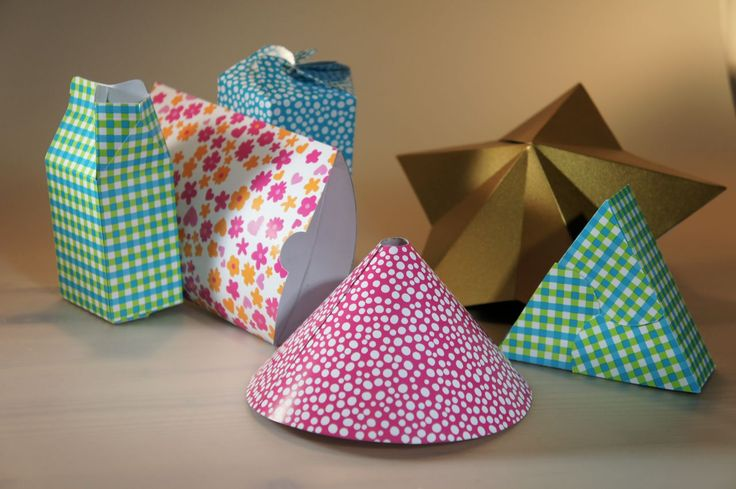 Numerous templates for paper-craft: box, star, milk carton, pilowpack and lots more. All with your ows custom dimensions!