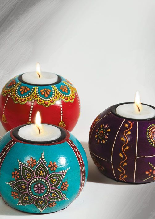 Hand painted wooden round tealight holders