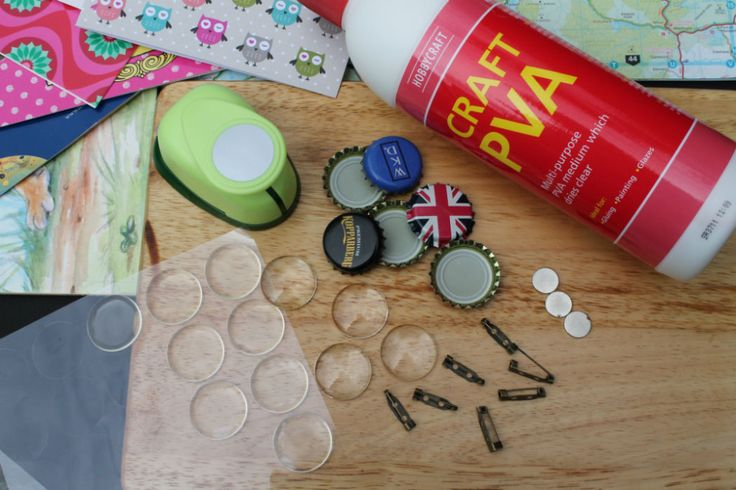 How to Make Bottle Top Badges #BottleTopBadges