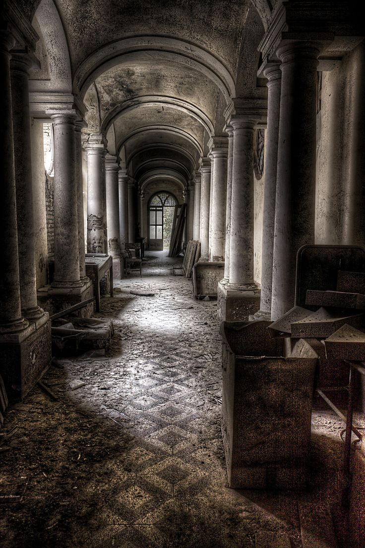 Pillars and arched ceilings Abandoned & distressed places