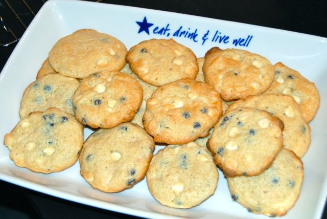 Blueberry Cheesecake Cookies:  Easy cookies made with boxed muffin mix.