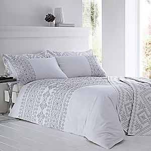 Embroidered Aztec Duvet & Pillowcase Set #kaleidoscope #bedroom