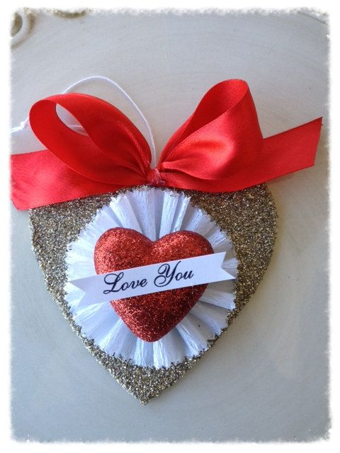 Beautiful Hanging Heart Valentine Decoration Vintage Style