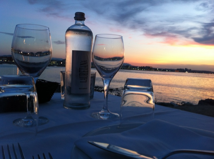 Romantic dinner facing the Cattolica see