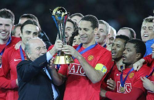 2014.5.14マンチェスターユナイテッド公式ホームページより。リオ12年間の写真。 クラブワールドカップ優勝。見に行った試合。サインをもらえる整理券を持ちながらも 帰りの夜行バスの時間で 人生最高に後悔。