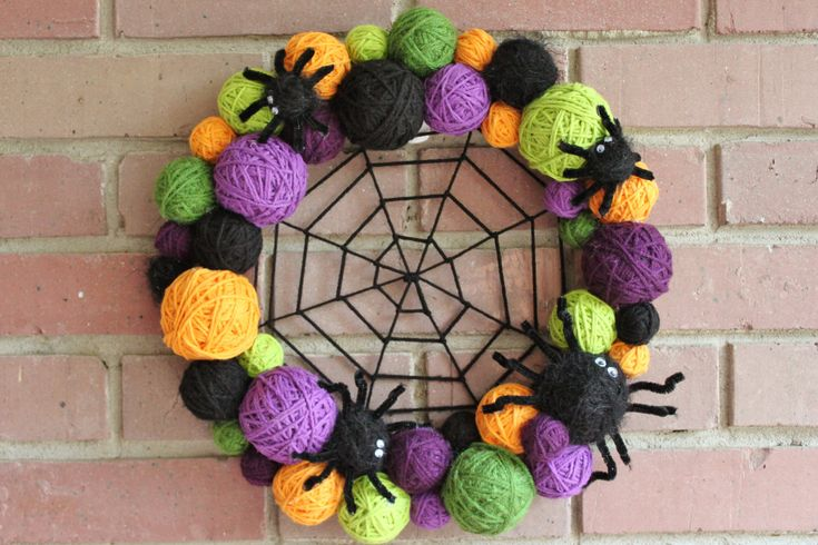 Halloween Wreath, Yarn Ball Wreath, 14 inches, in Halloween colors, orange, black, green and purple MADE TO ORDER
