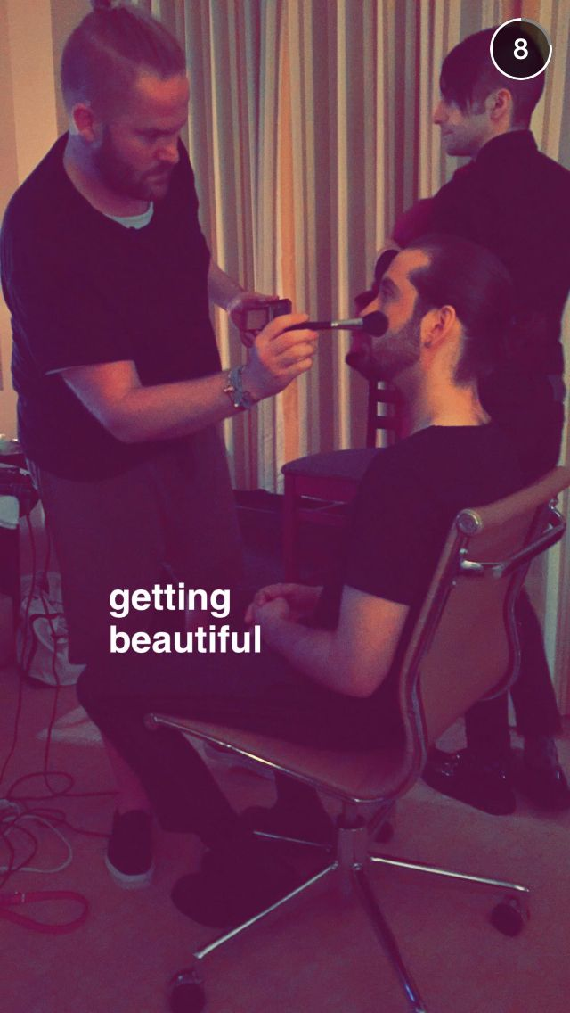 Please tell me this is for Papoutai because Avi is already flawless