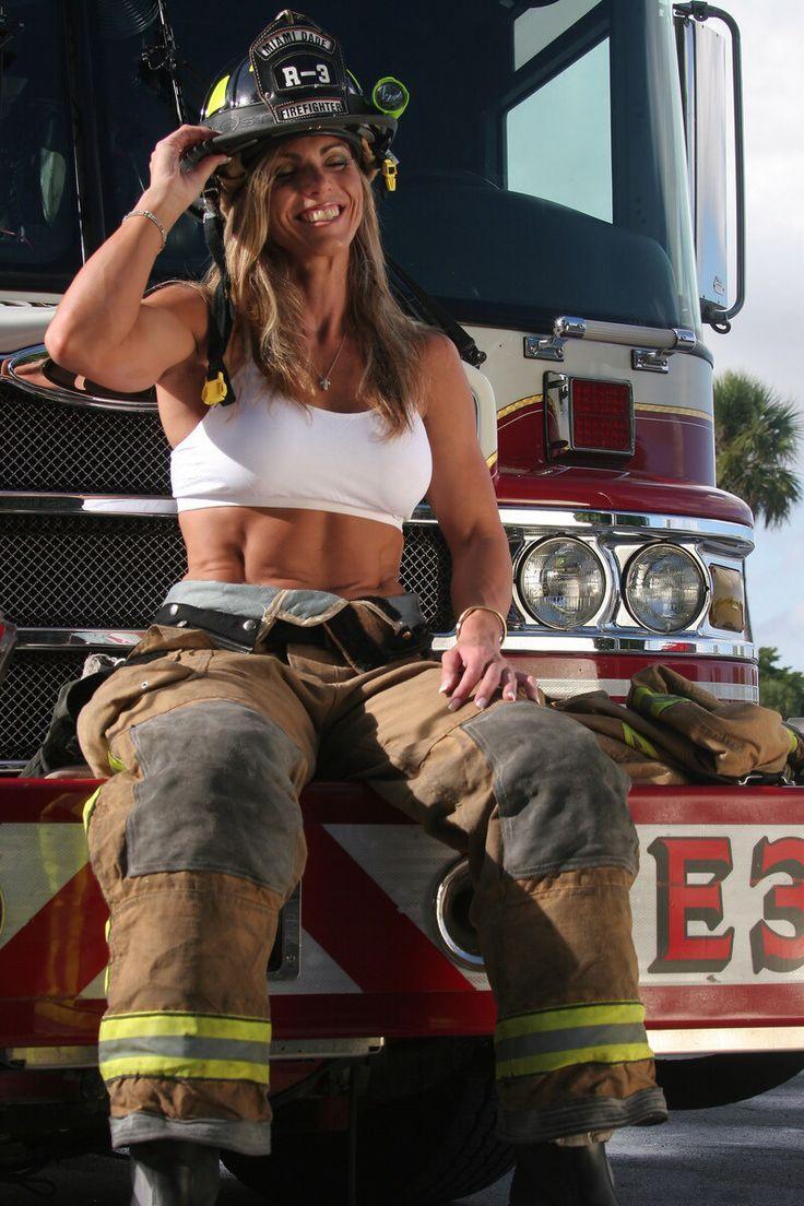 Nude female firefighter, nude woman humulat