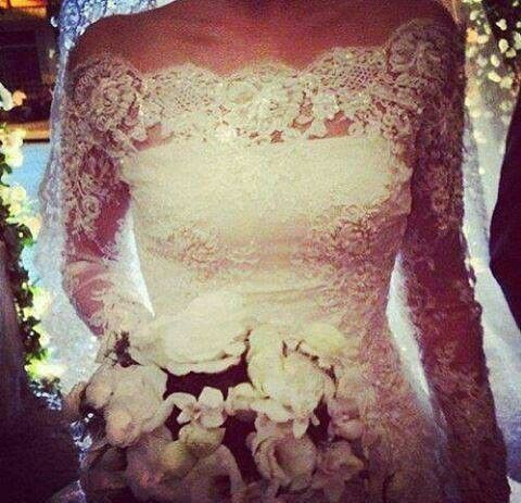 lace wedding dress. レースウェディングドレス
