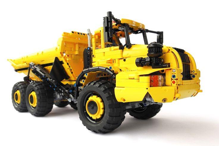 Full R/C Articulated LEGO Technic Dump Truck by pipasseyoyo
